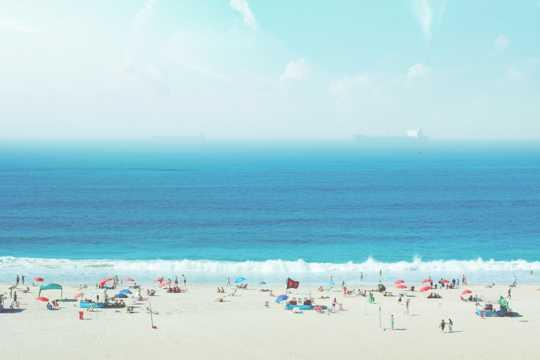 度假的沙滩图片